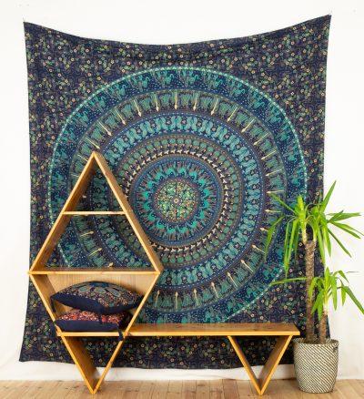 Großes Wandtuch mit Elefanten Mandala in blau türkis.