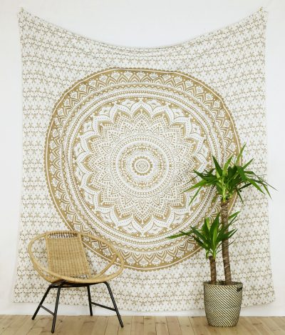Großes Wandtuch Ombre Mandala weiß gold