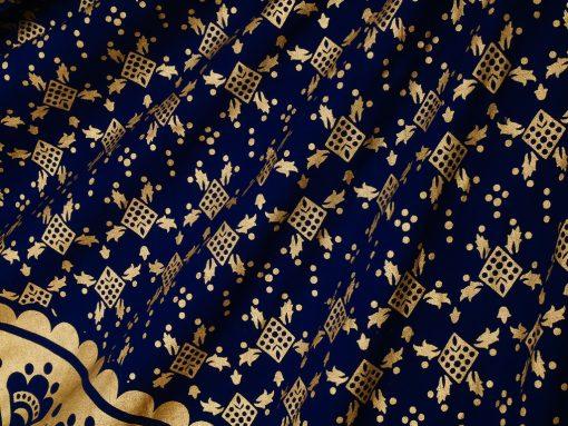 Wandtuch mit gold Mandala auf Untergrund in dunkelblau