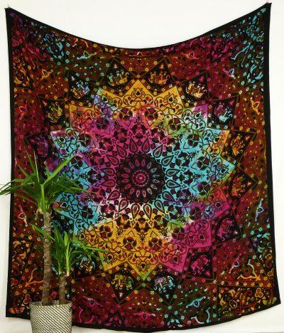 Großes Wandtuch mit Stern Mandala in batik bunt