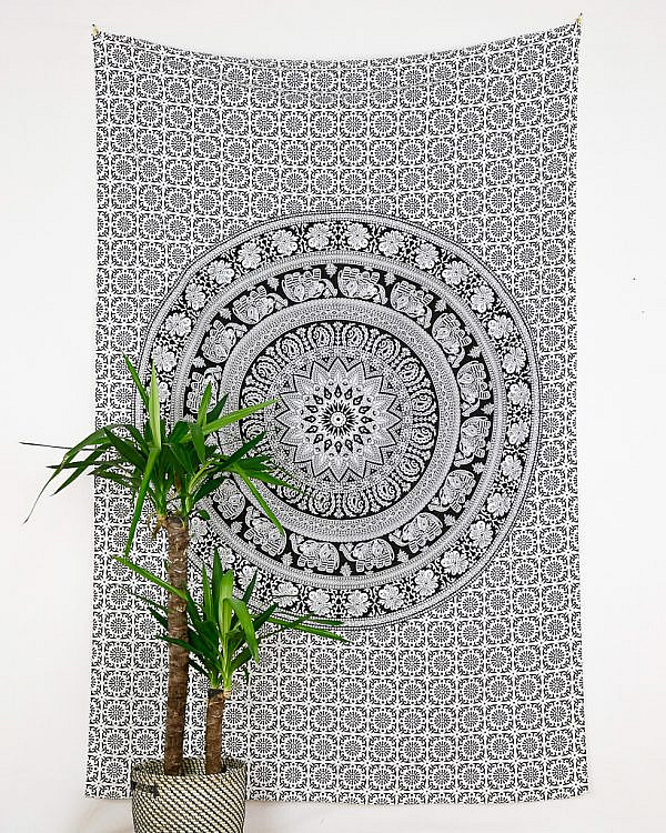 Wandtuch Elefanten Mandala weiß schwarz
