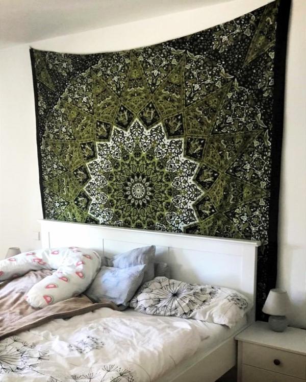 Wandtuch Stern Mandala schwarz grün Kundenbild - groß