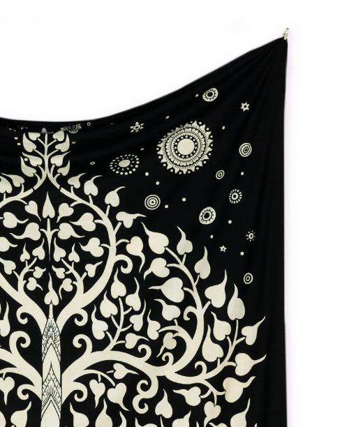 Wandtuch mit Elefant und Lebensbaum in schwarz weiß