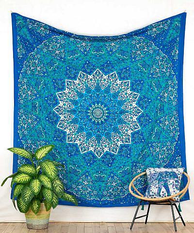 Wandtuch mit Stern Mandala in blau türkis