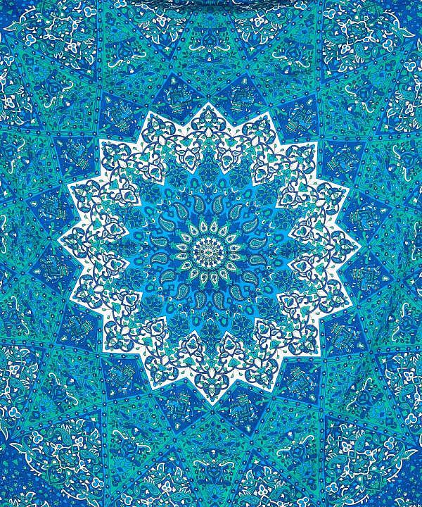Wandtuch mit Stern Mandala in blau weiß