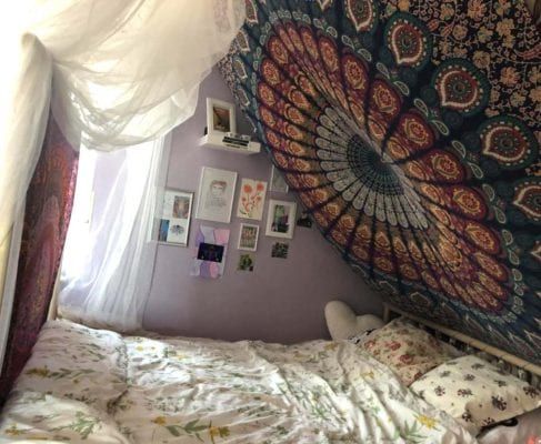 Mandala Tuch, dreidimensional über dem Bett