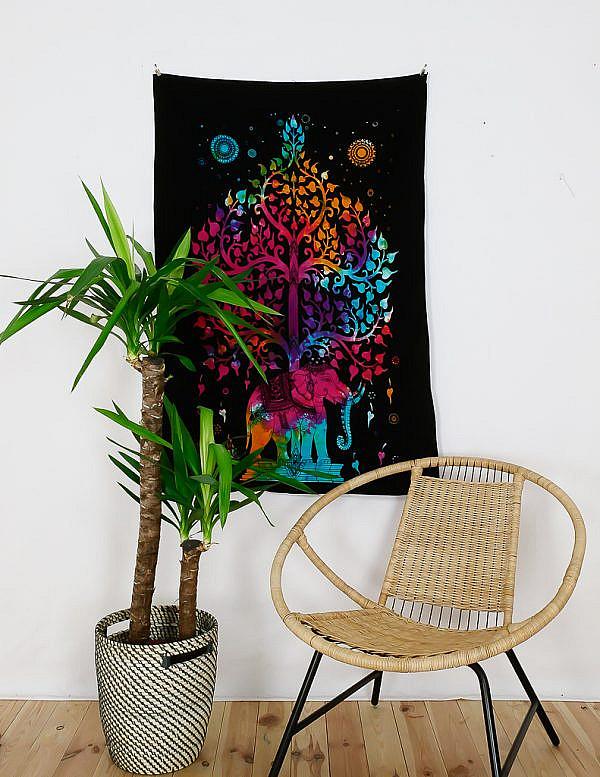 Kleines Wandtuch Elefant und Lebensbaum batik bunt
