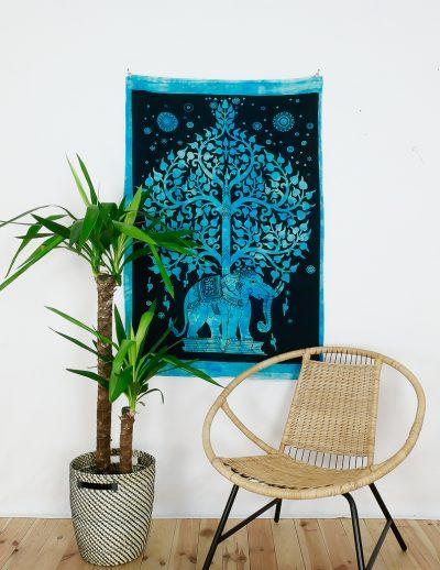 Kleines Wandtuch Elefant und Lebensbaum schwarz blau