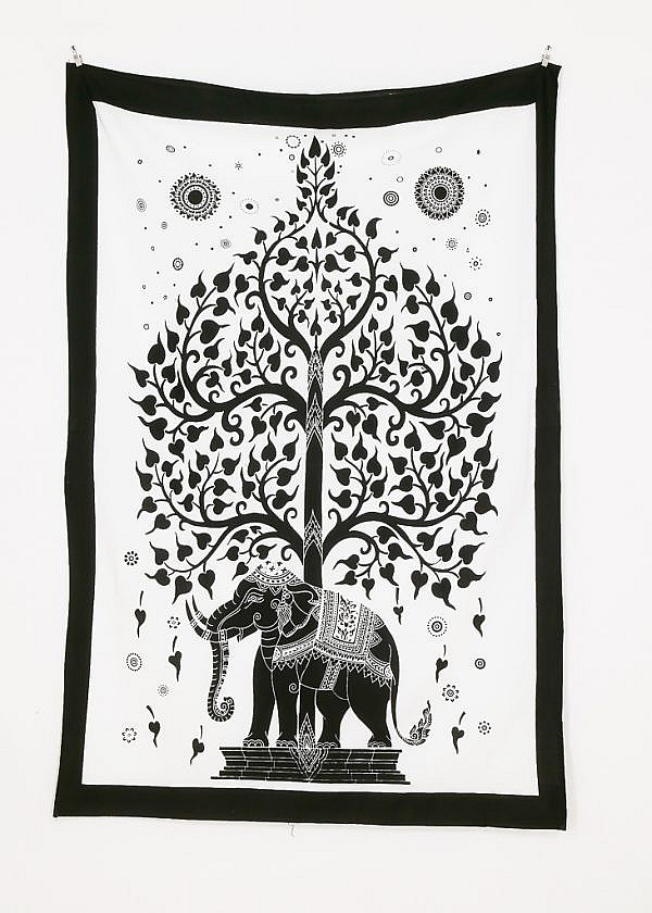 Kleines Wandtuch Elefant und Lebensbaum schwarz weiß