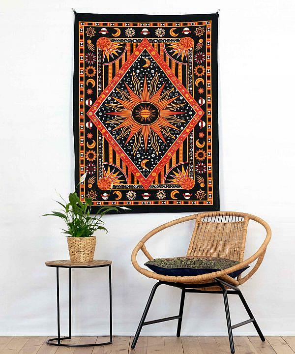 Wandtuch Astro in schwarz und orange - klein ca. 75x100 cm