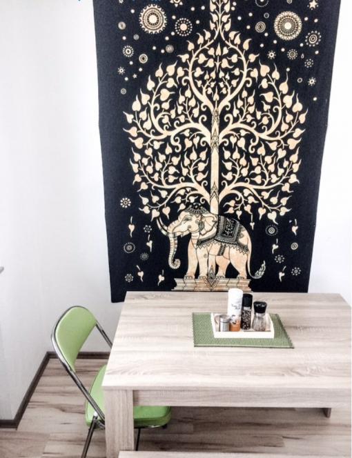 Wandtuch Elefant & Lebensbaum schwarz weiß Kundenbild - medium