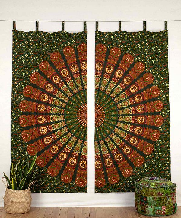 Vorhang mit Pfauenfeder Mandala in grün orange