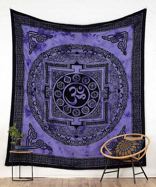 Om Wandtuch in lila, spiritueller Wandbehang aus Indien