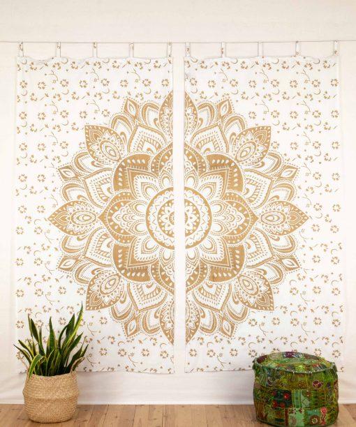Vorhang goldener Lotus weiß geschlossen