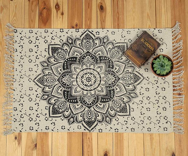 Mandala Teppich Lotusblüte schwarz - klein ca. 60x100 cm
