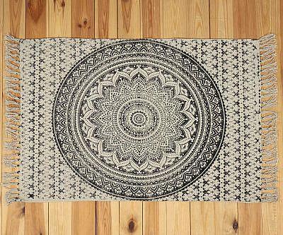 Yoga Teppich mit Ombre Mandala schwarz - klein ca. 60x100 cm