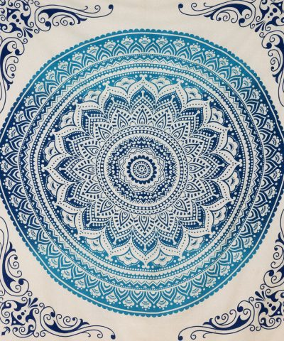 Indische Tagesdecke mit Ombre Mandala in blau ca. 220x240 cm